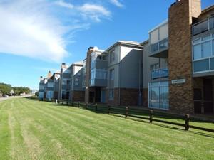 Apartment for sale in Hartenbos Central, Hartenbos