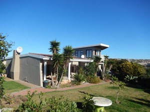House for sale in Hartenbos Central, Hartenbos