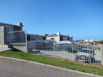 Apartment for sale in Island View, Mossel Bay