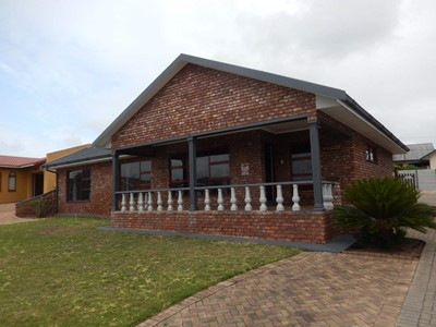House for sale in Bayview, Hartenbos