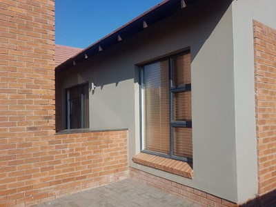 Townhouse for sale in Wild Olive Estate, Bloemfontein