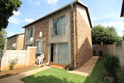 Townhouse for sale in North Riding, Randburg