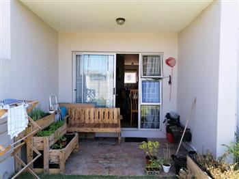2 Bedroom Apartment to rent in Flamingo Vlei - Blouberg