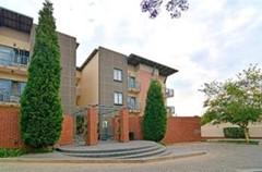 1 Bedroom Bachelor Flat To Rent in Ferndale, Randburg