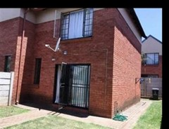 2 Bedroom Townhouse To Rent in North Riding, Randburg