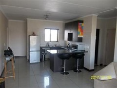 2 Bedroom Apartment To Rent in Halfway Gardens, Midrand