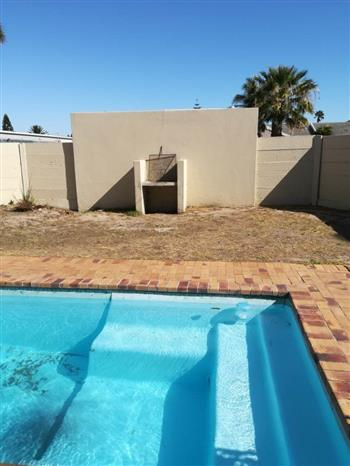 2 Bedroom Apartment to rent in Table View - Blouberg