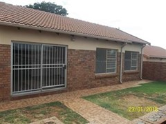 3 Bedroom Cluster To Rent in Kyalami Hills, Midrand