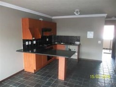 2 Bedroom Apartment To Rent in Noordwyk, Midrand