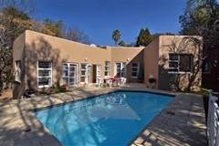 3 Bedroom House For Sale in Olivedale, Randburg